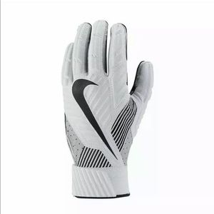 Nike Football D-Tack 5.0 Linebacker Gloves